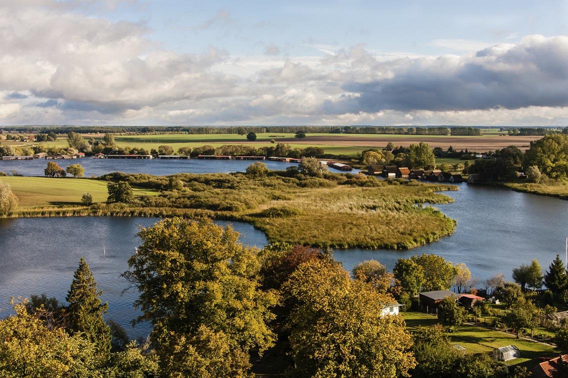 Mecklenburgische Seenplatte: Paradies zu Wasser und an Land